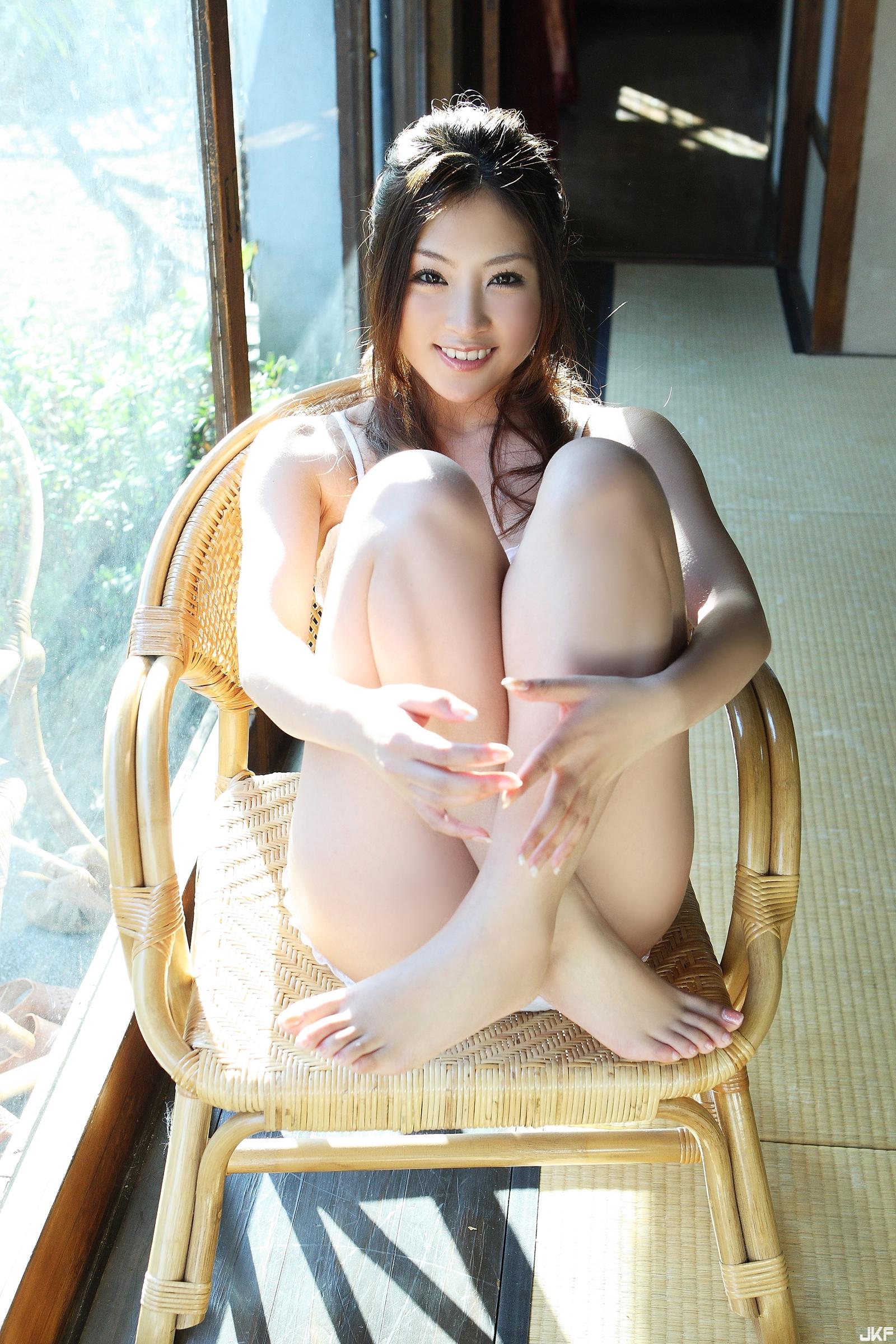 tatsumi-natsuko-574291.jpg