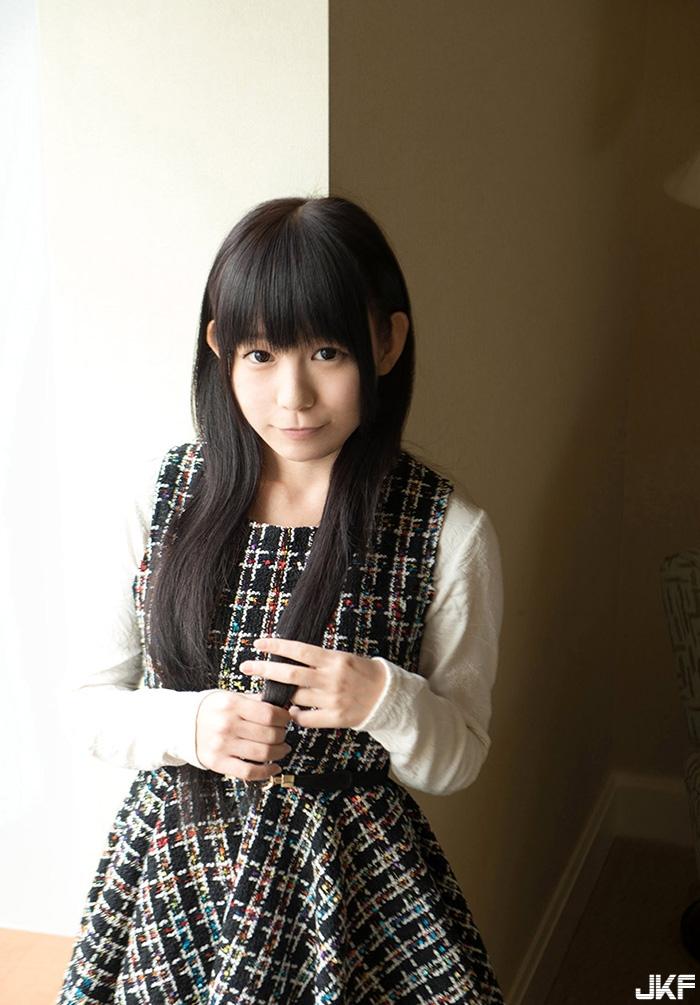 marie-konishi2_1.jpg