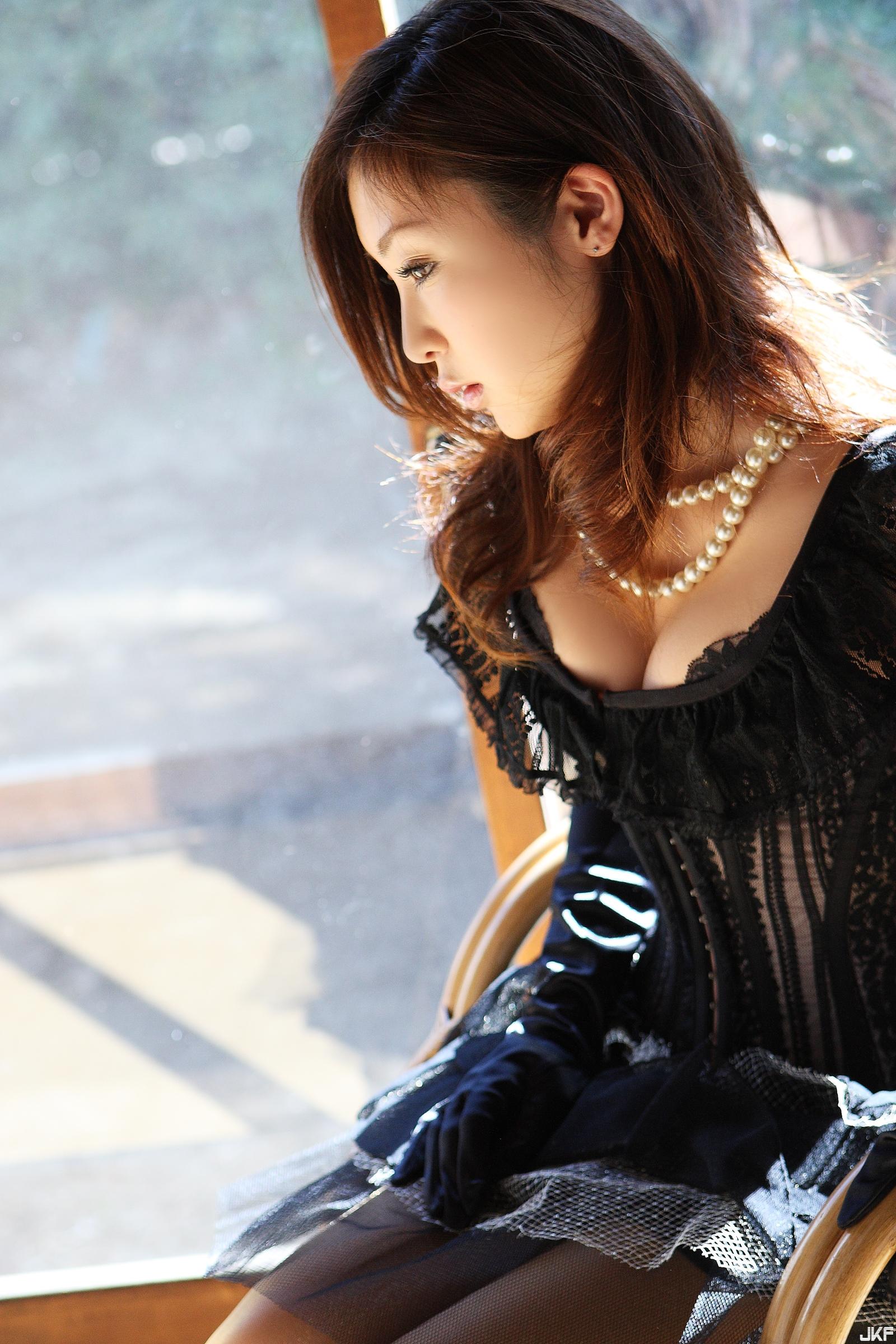tatsumi-natsuko-574272.jpg