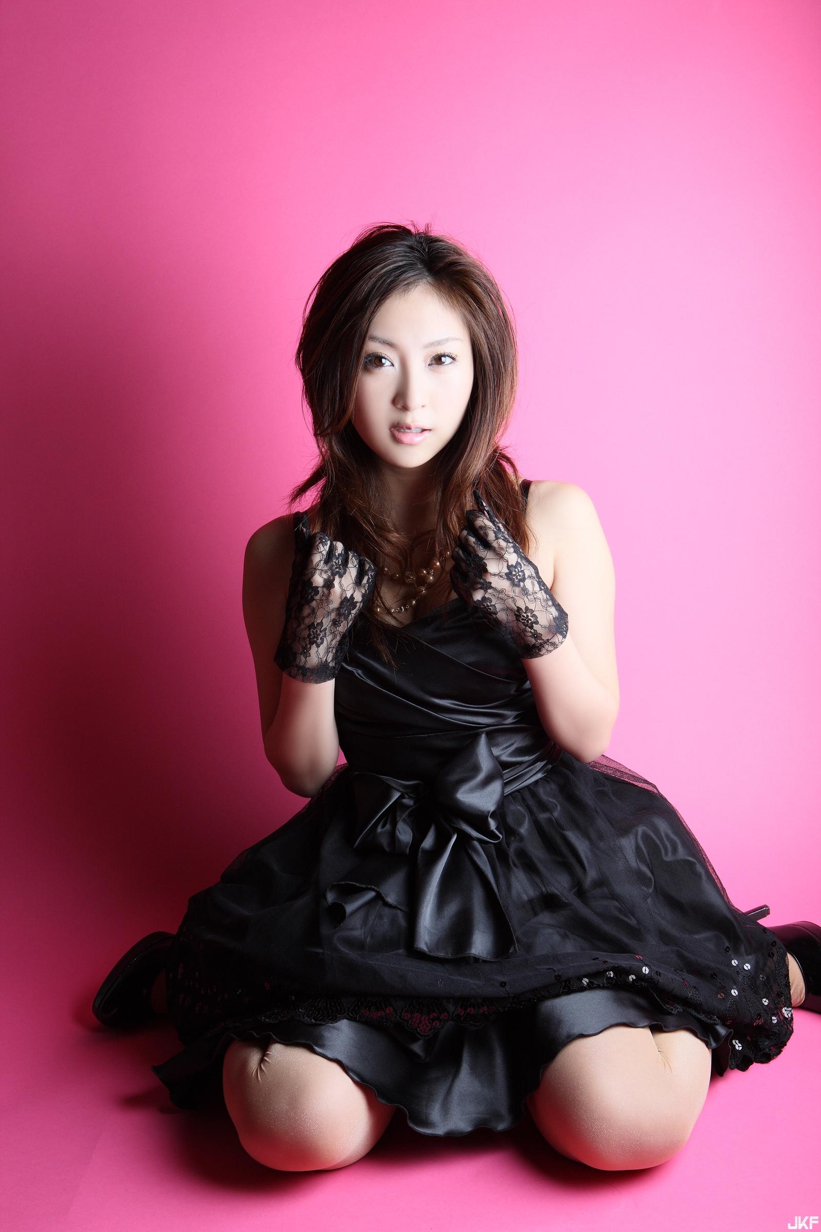 tatsumi-natsuko-574300.jpg