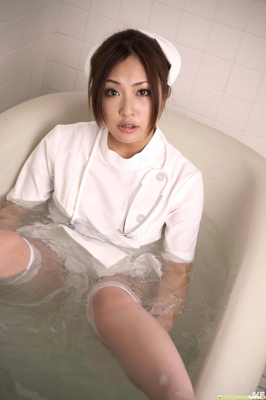 tatsumi-natsuko-602094.jpg