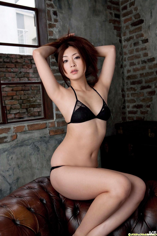 tatsumi-natsuko-602166.jpg