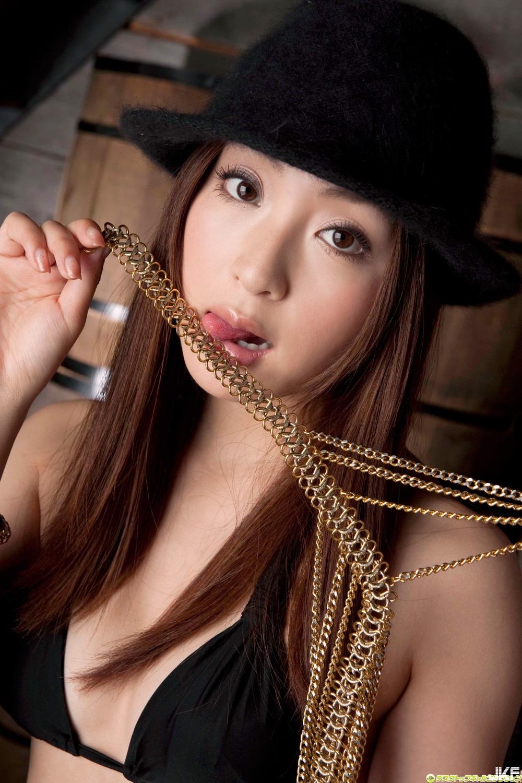 tatsumi-natsuko-602172.jpg