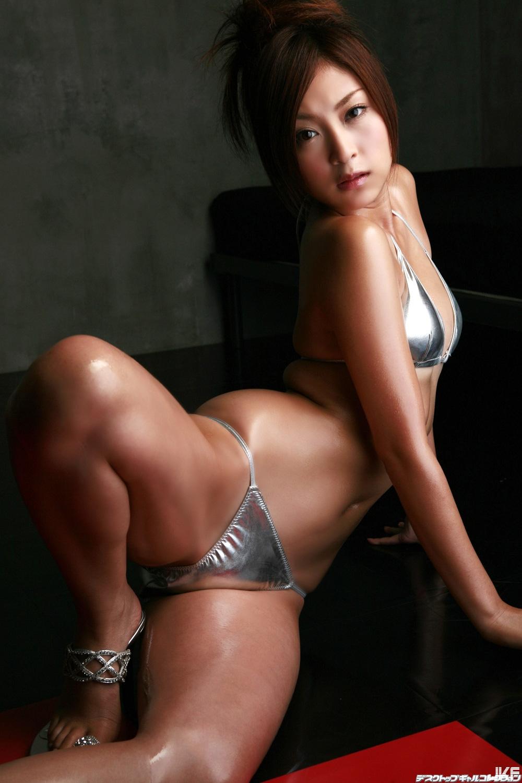 tatsumi-natsuko-870417.jpg