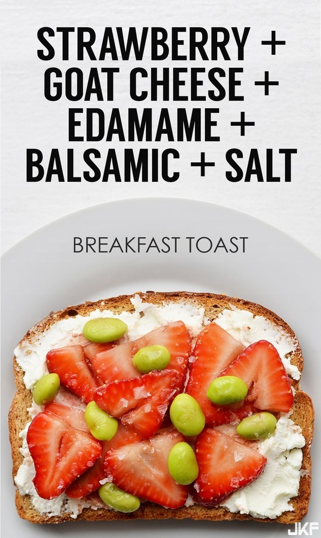 adaymag-21-ideas-for-breakfast-toasts-15.jpg