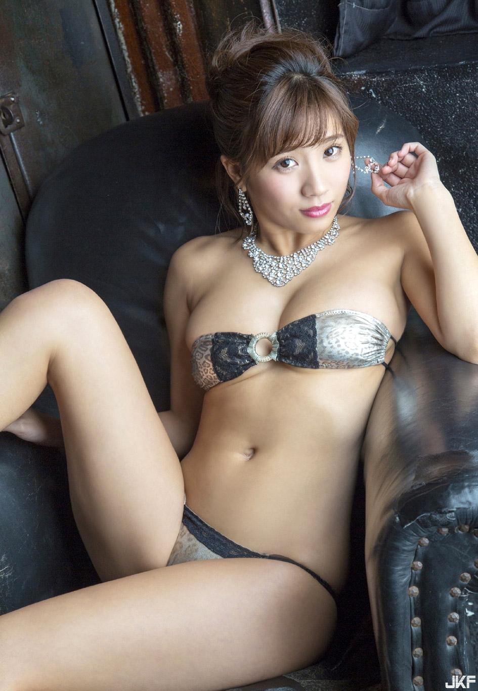 hazuki_aya_160921_094.jpg