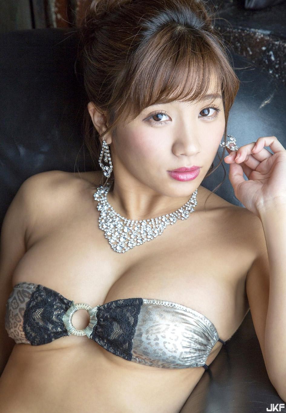 hazuki_aya_160921_095.jpg