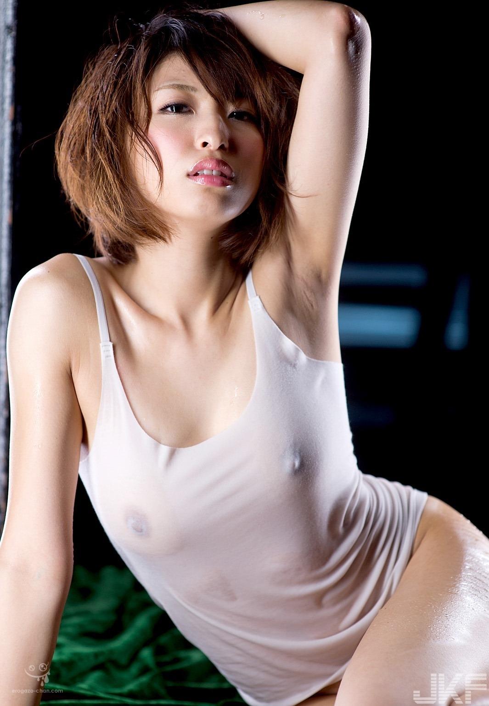 akiyama_syoko_1122-069.jpg