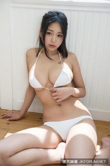 7MMMlD9.jpg
