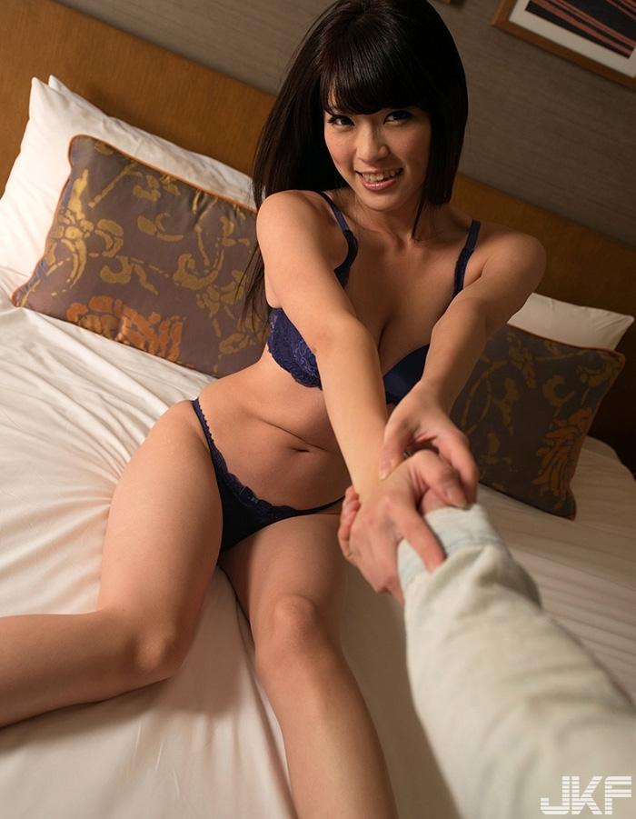 sara-yurikawa_23.jpg