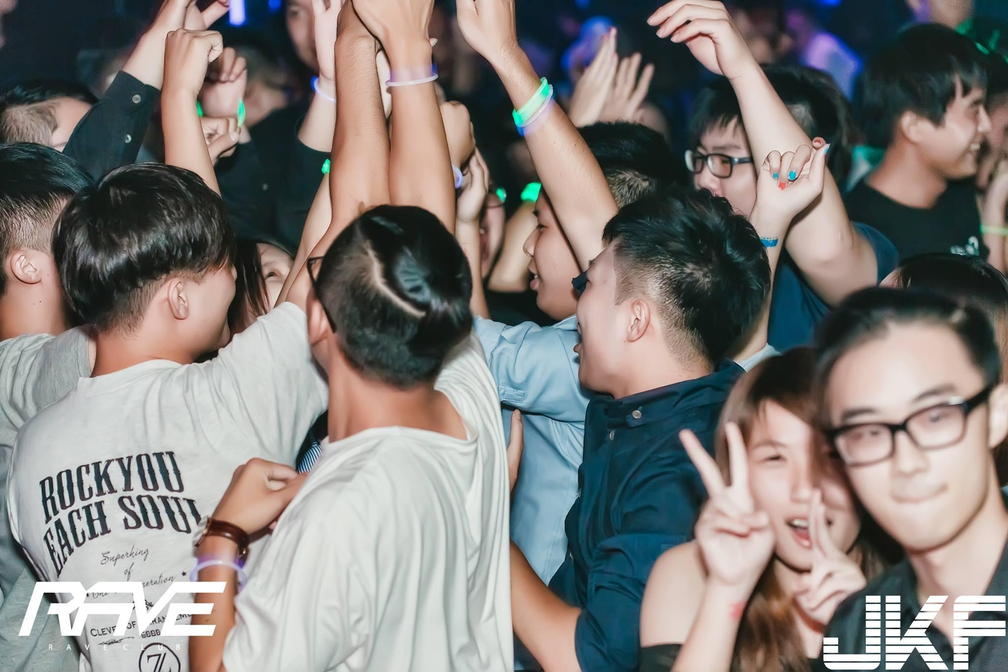 Rave club-2016.8.26(五)【蜜糖誘惑 一日情人DJ-Candice螢亂之夜】 - 夜店辣妹 -