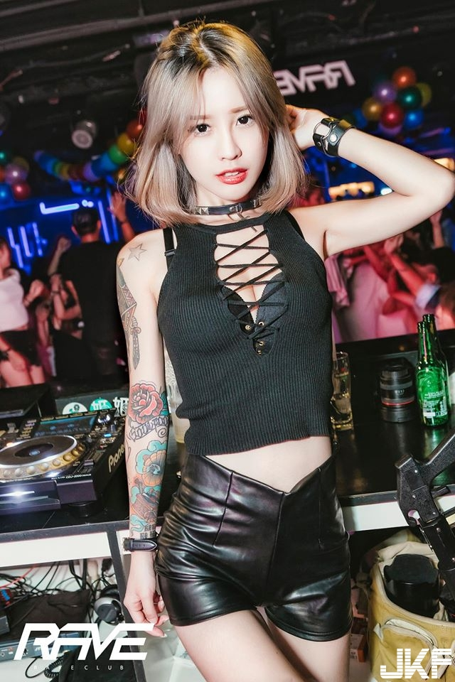 Rave club-2016.6.18(六) 女王蜂之壁咚派對-LES party part5(DJ-Queena) - 夜店辣妹 -