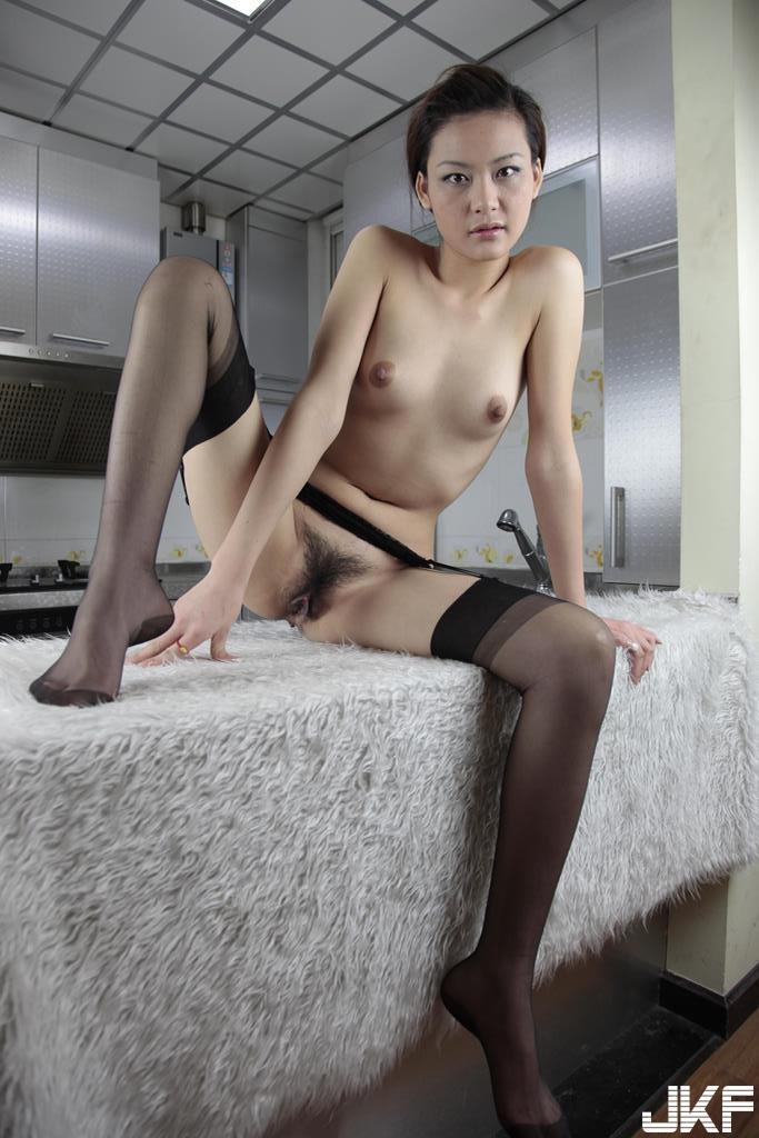 【華模特輯】長腿國模小宇超大尺度裸拍 下部【92P】 - 貼圖 - 絲襪美腿 -