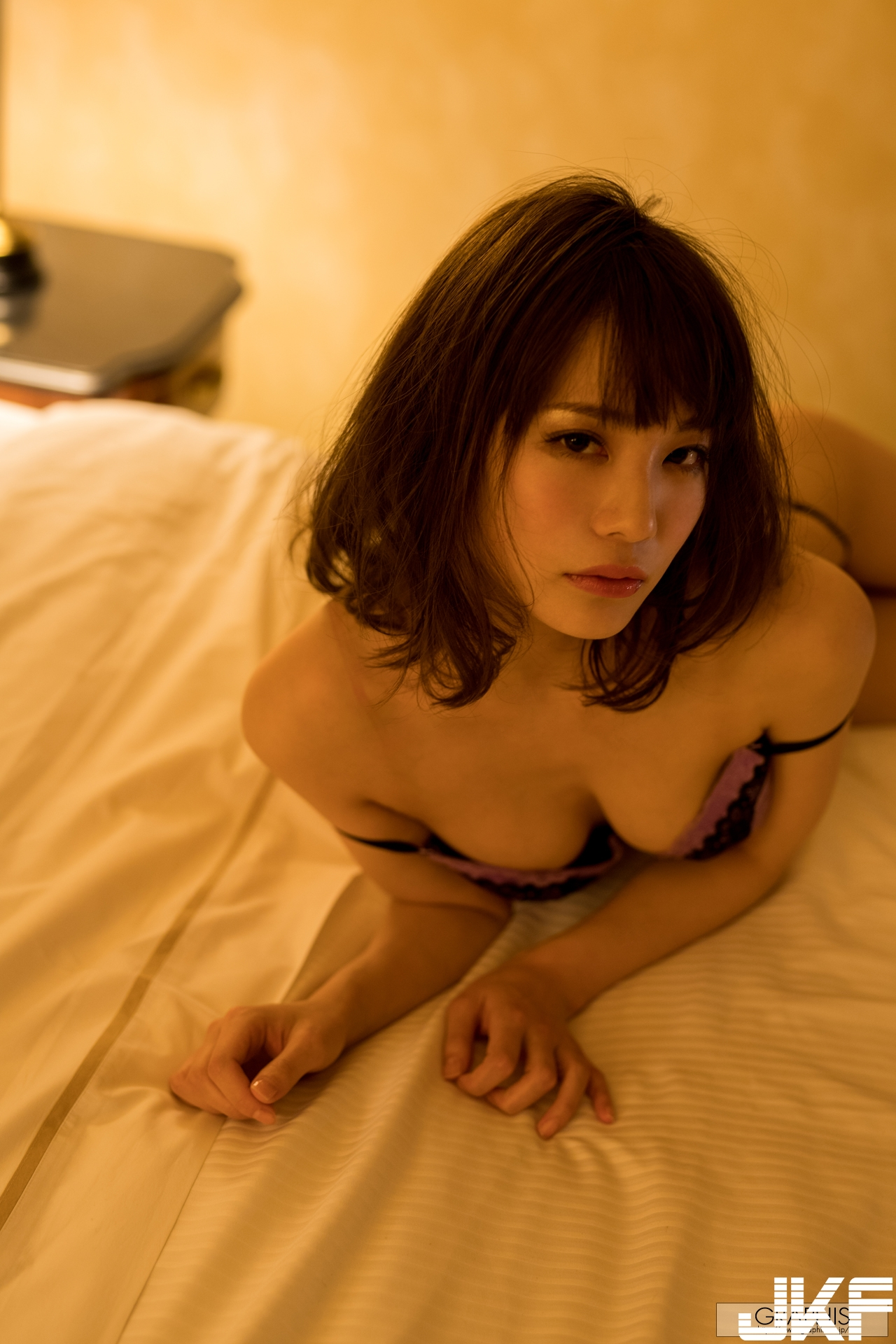 gra_airi-s4138.jpg
