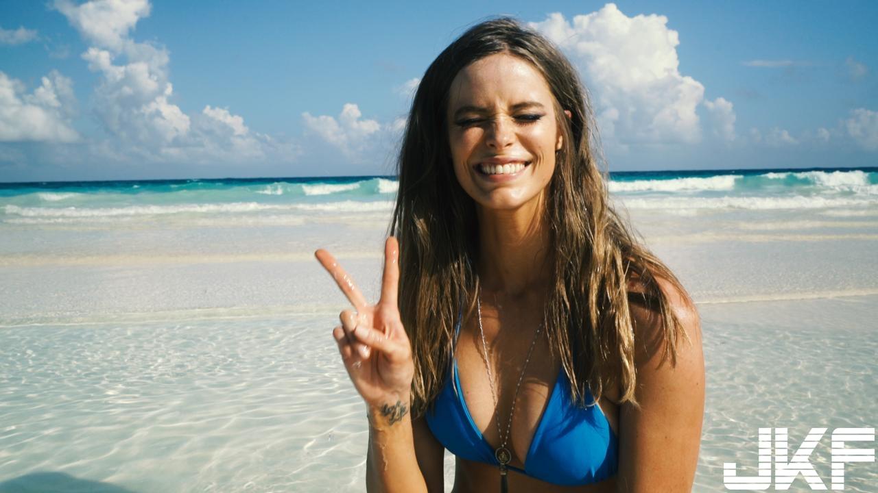 Irina Shayk海灘騷包風 - 歐美美女 -