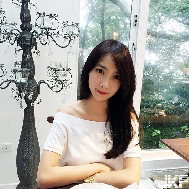 超高顏質的電眼正妹   Aimee Shen  甜美模樣讓人興奮.... - 素人正妹 -