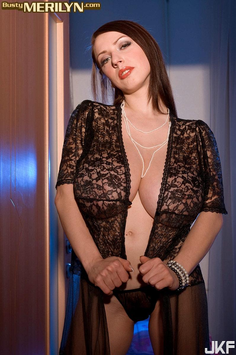 Merilyn Sakova-Ass Creamed - 貼圖 - 歐美寫真 -