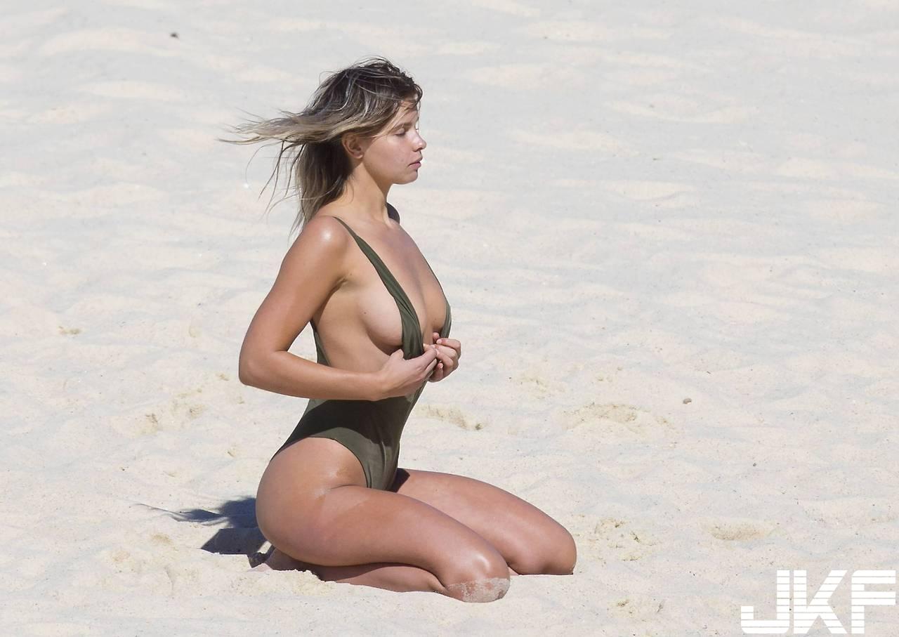 Kristina Mendonca  澳洲模特兒 181公分 三圍:33 24 37 網友:直接搾乾 - 歐美美女 -