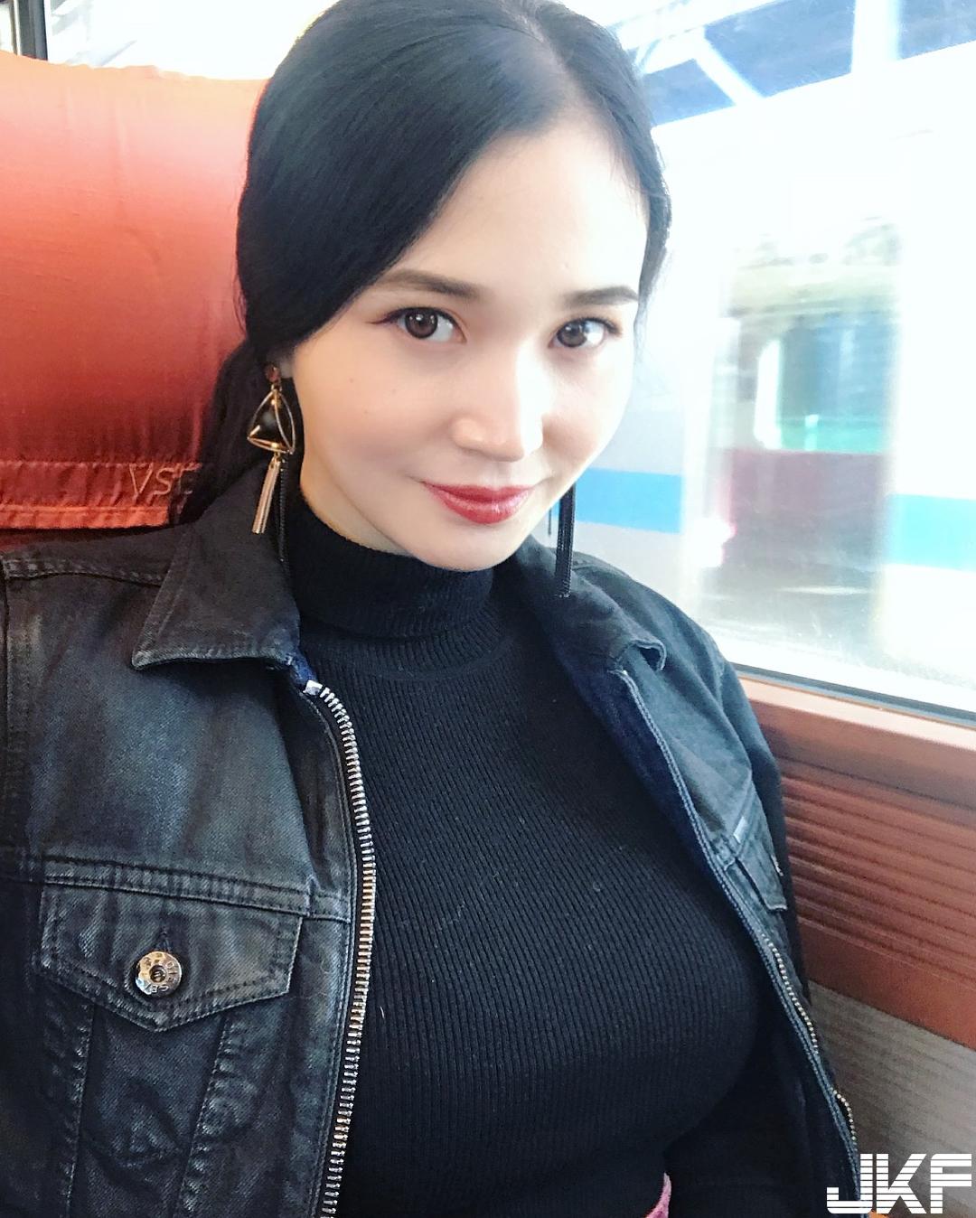 美乳美尻 Miina cos 護士性感爆乳 超吸睛 - 素人正妹 -