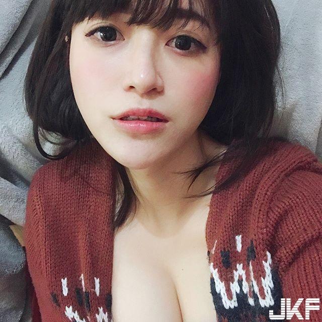 長榮空姐 Marie Chao 驚豔隱乳壤人瘋狂 - 素人正妹 -