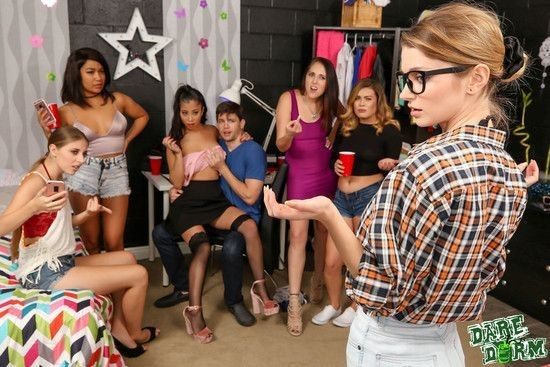 [TEEN][PARTY]DareDorm - Jade Kush, Nadya Nabakova, Alyce Anderson - The Sluts In The Hall