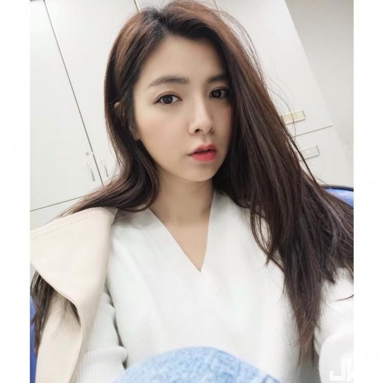 陽光美女~徐苡嫚Mina - 素人正妹 -