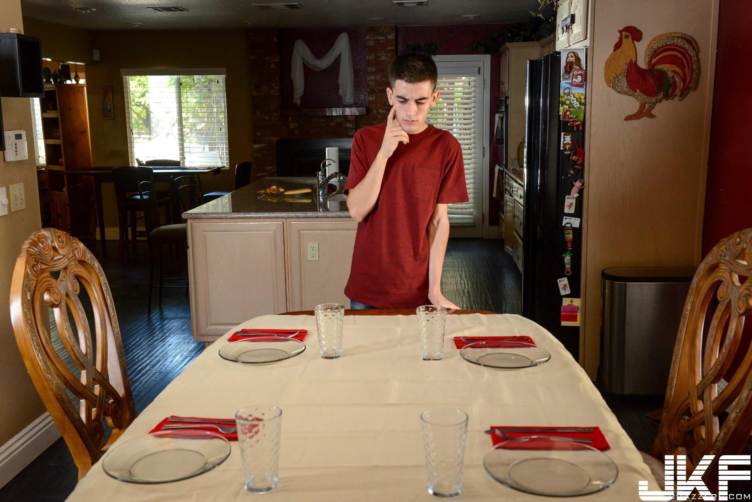 2565271_TeensLikeItBig.com Karlie Brooks Doing The Dishes (Feb 20, 2017)_174.jpg