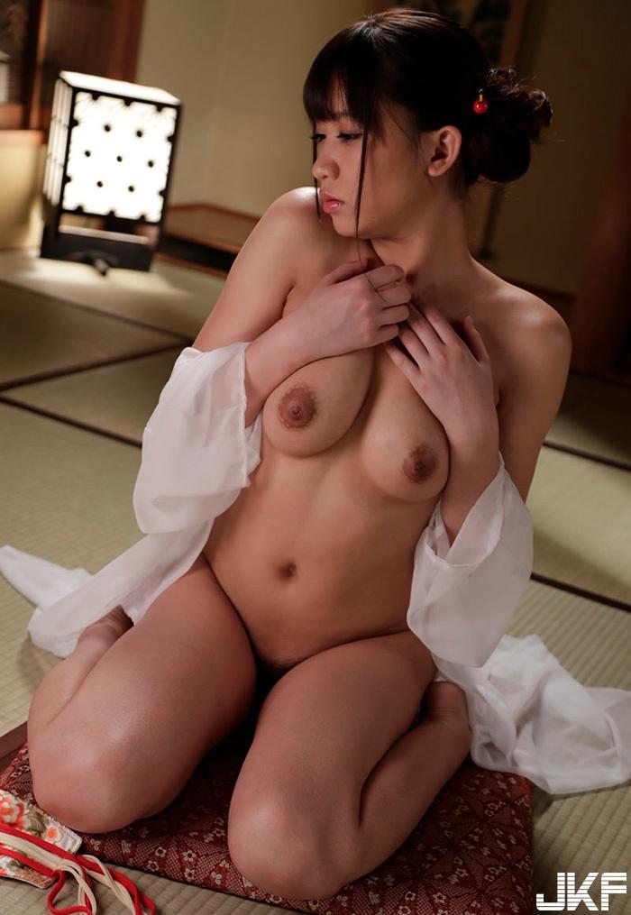 sari-nakamura_7.jpg