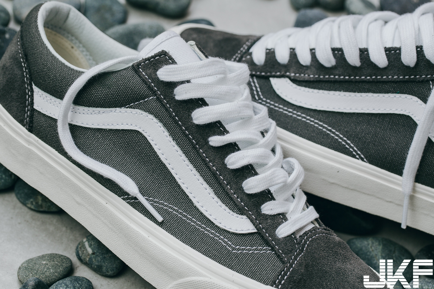 https_%2F%2Fhk.hypebeast.com%2Ffiles%2F2018%2F07%2Fbrand-new-color-vans-style-36-4.jpg