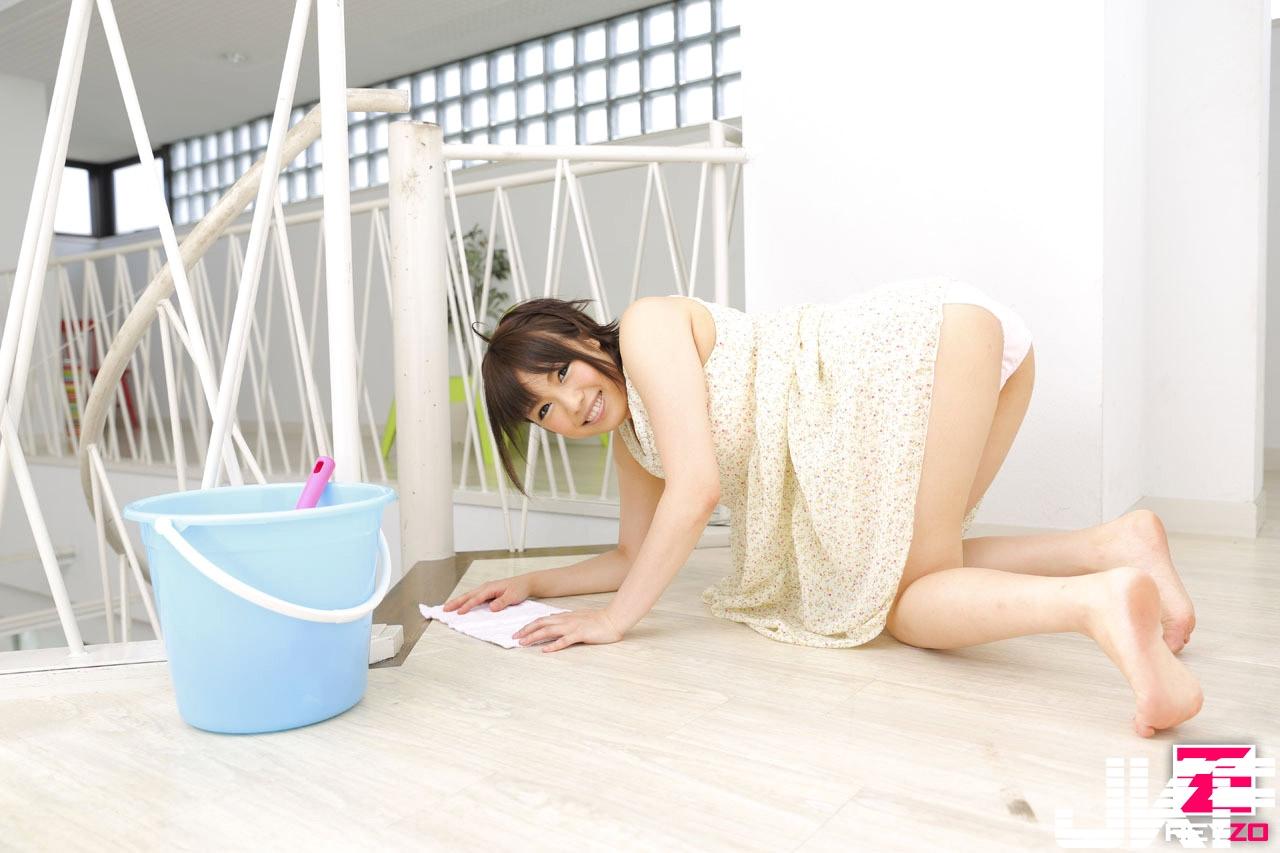 yuri-sato-2.jpg