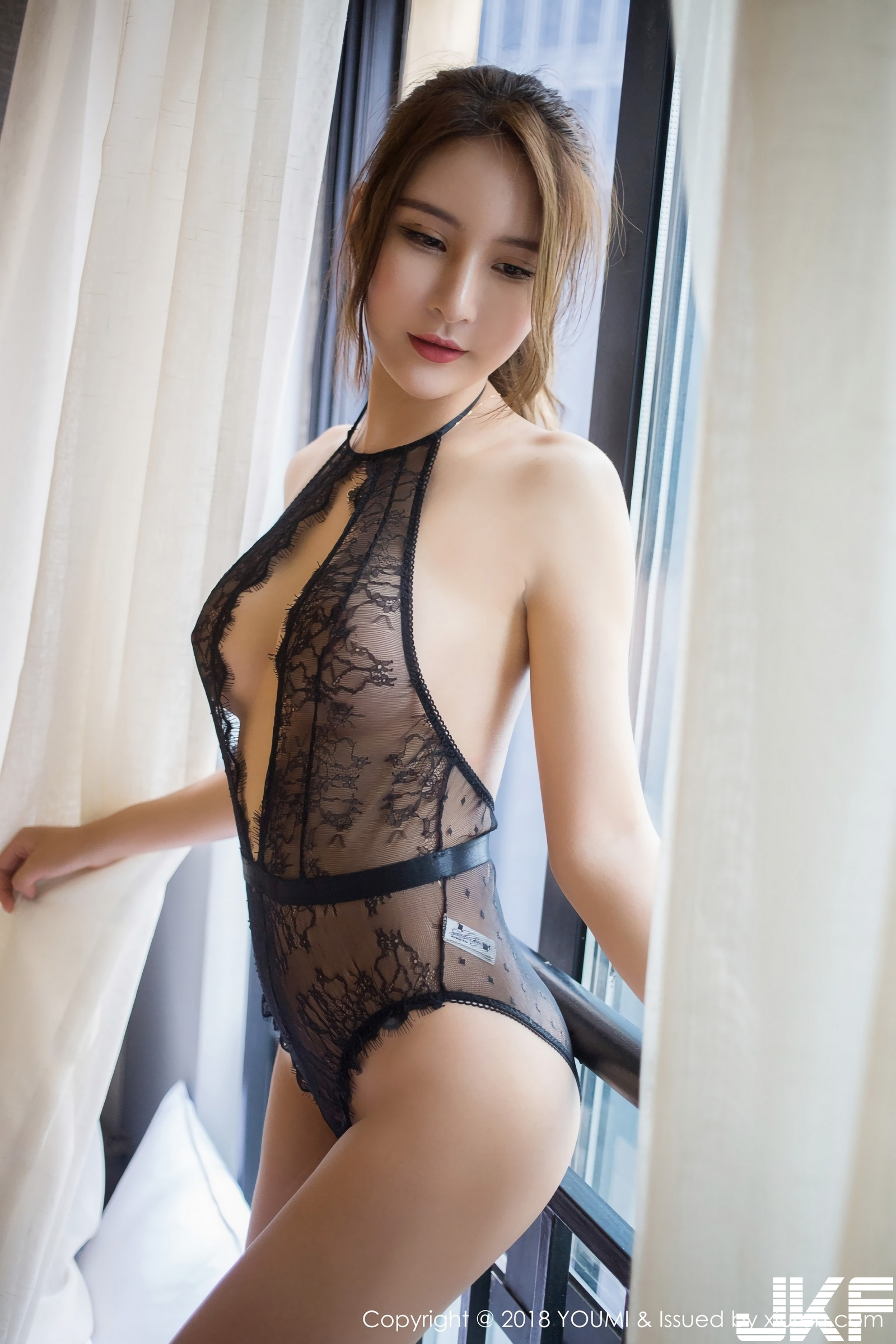 SOLO-尹菲 2018.08.20 尤蜜荟VOL.202 - 貼圖 - 清涼寫真 -