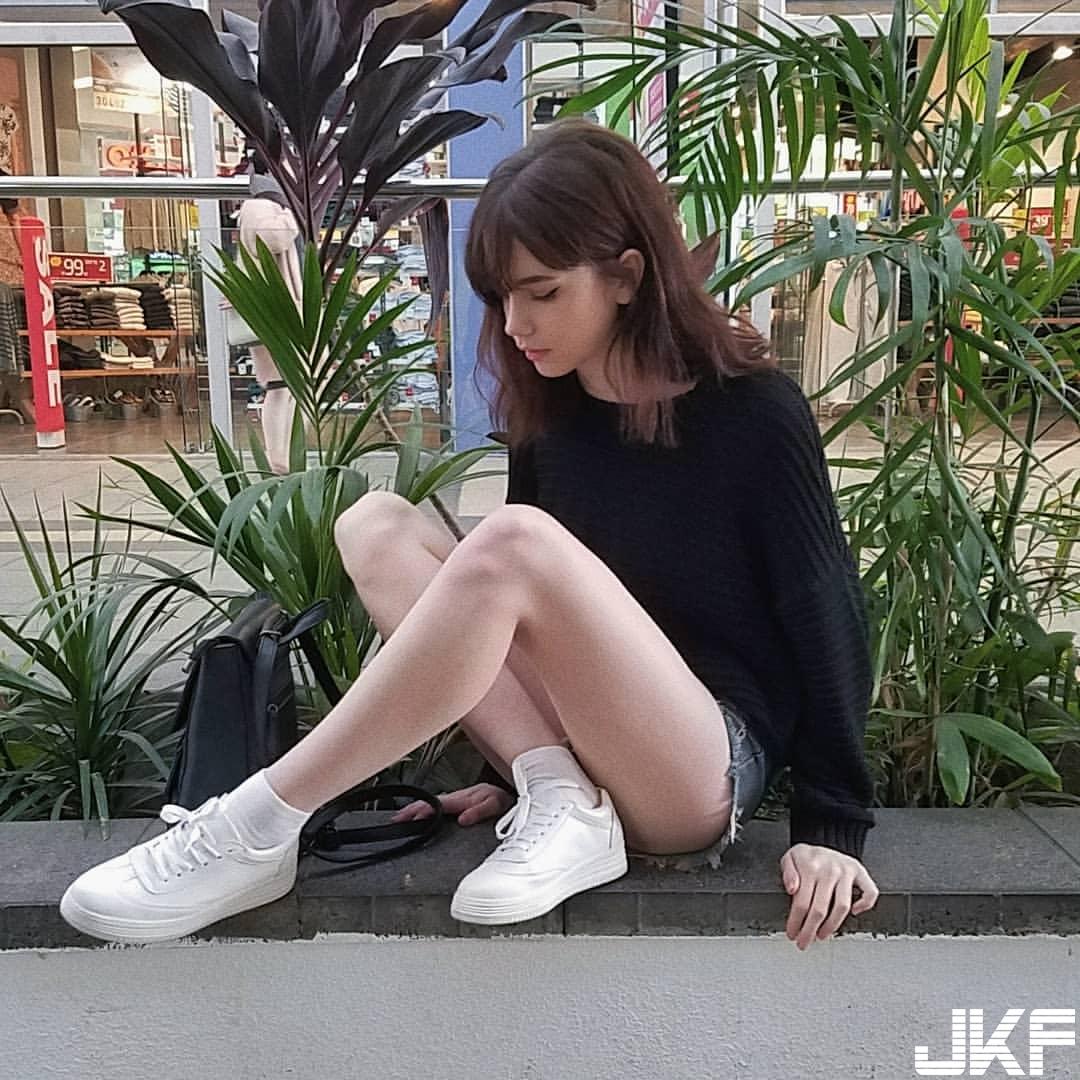 混血正妹 Karin 一個照面就讓人戀愛 - 歐美美女 -