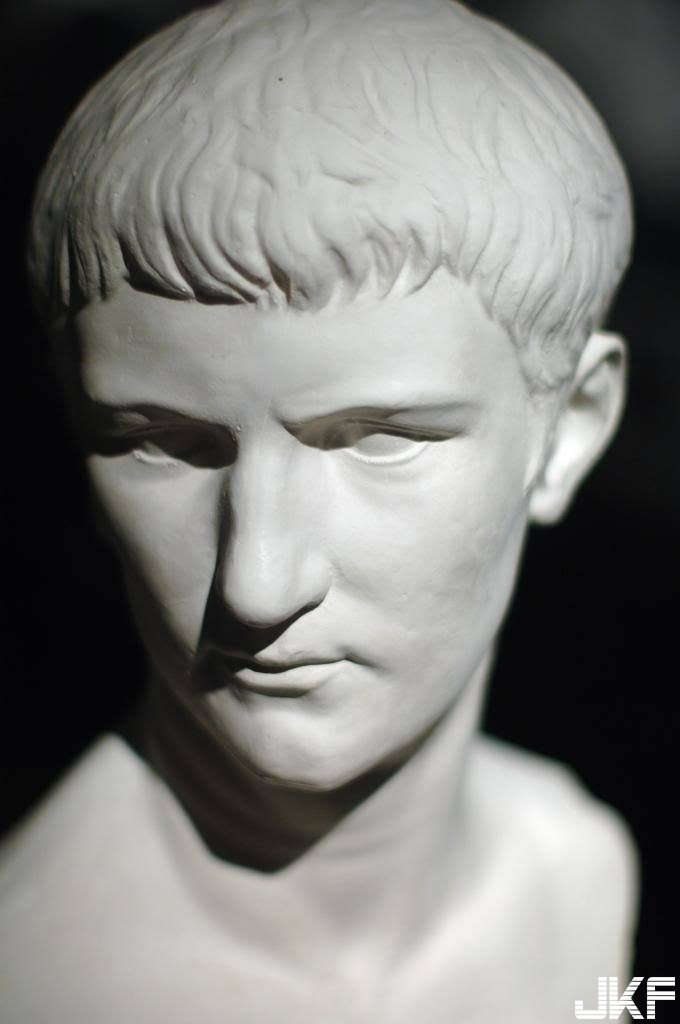 Caligula_Bust_Houston_Museum_zpsf60ac674.jpg