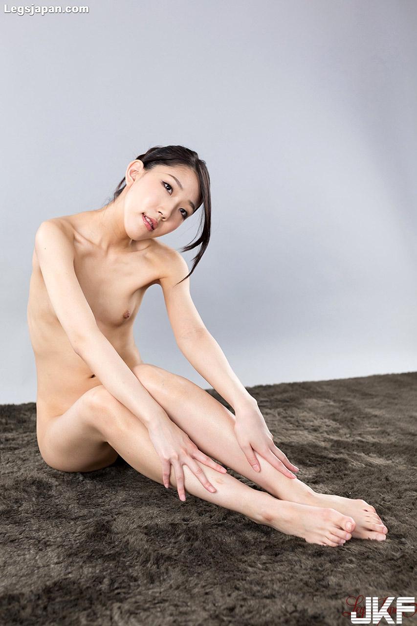 【Legsjapan】 Rio Kamimoto 上本莉央 - 貼圖 - 絲襪美腿 -