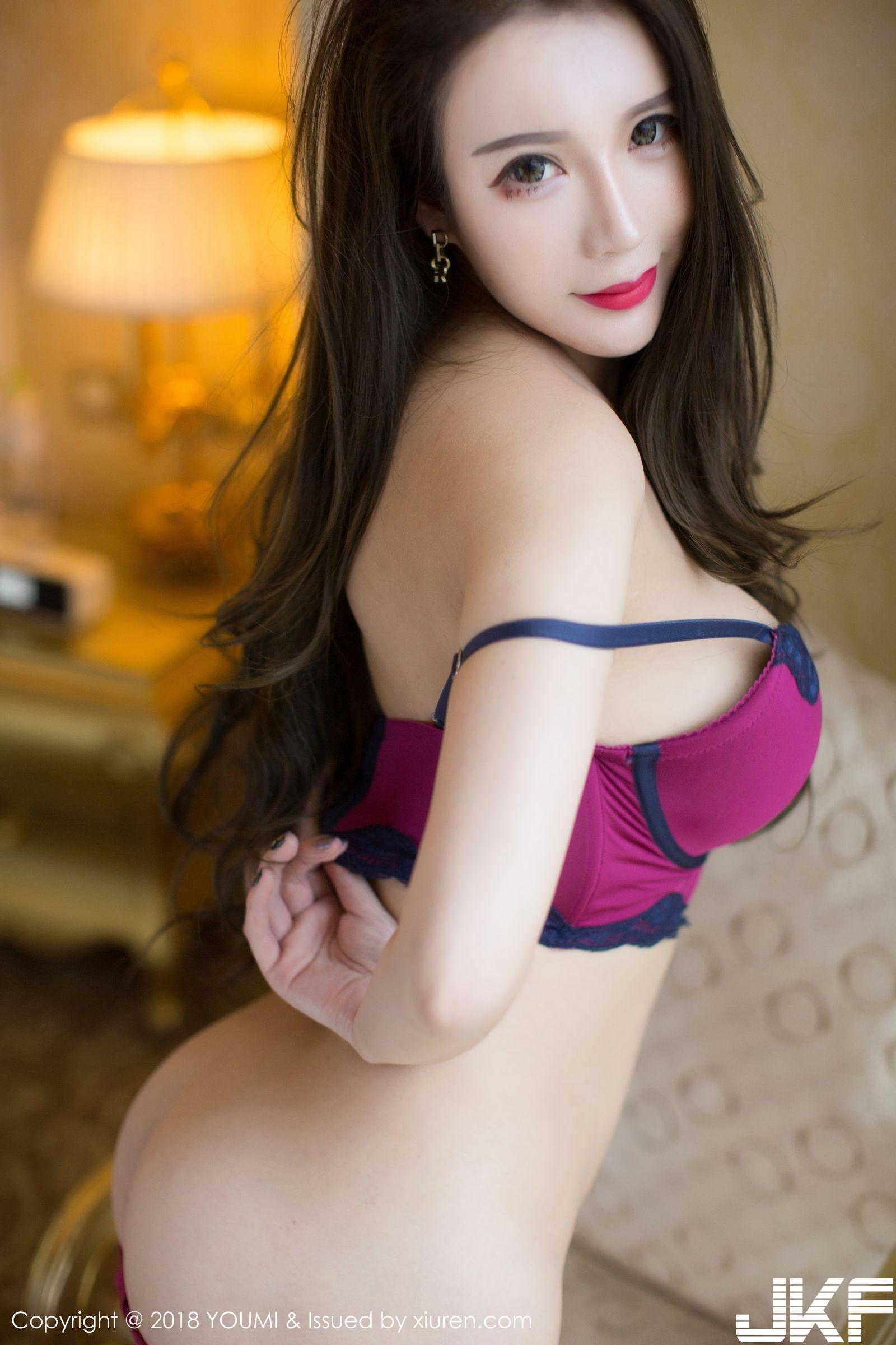 性感女神Egg尤妮絲 紫紅內衣麻布背心_尤蜜荟 - 貼圖 - 清涼寫真 -