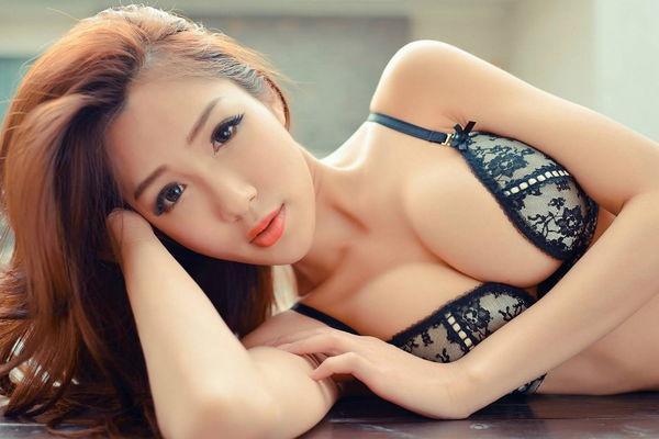 童顏巨乳正妹 林琦娟 - 貼圖 - 清涼寫真 -