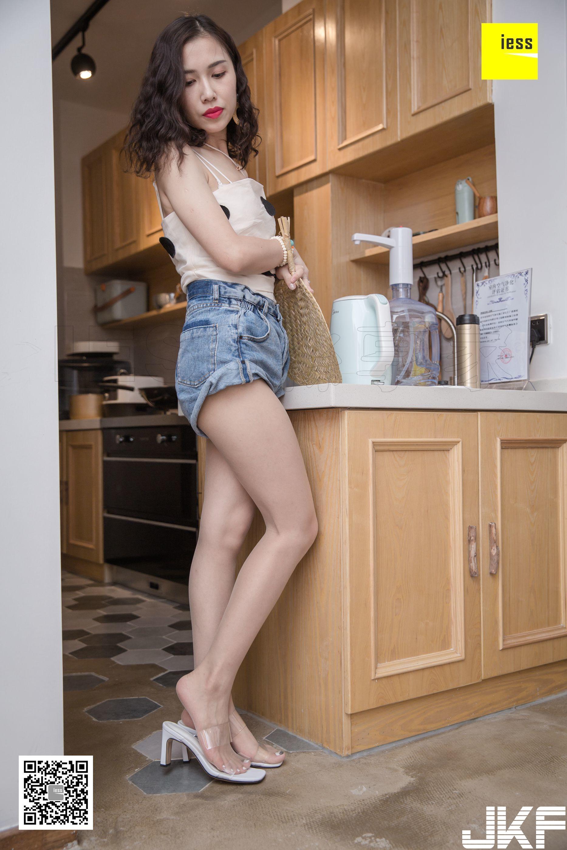 【IESS異思趣向系列】2018.10.24 絲享家344:《辣媽熱褲涼拖》君君【95P】 - 貼圖 - 絲襪美腿 -