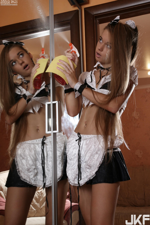 Sunna Sexy Maid - 貼圖 - 歐美寫真 -