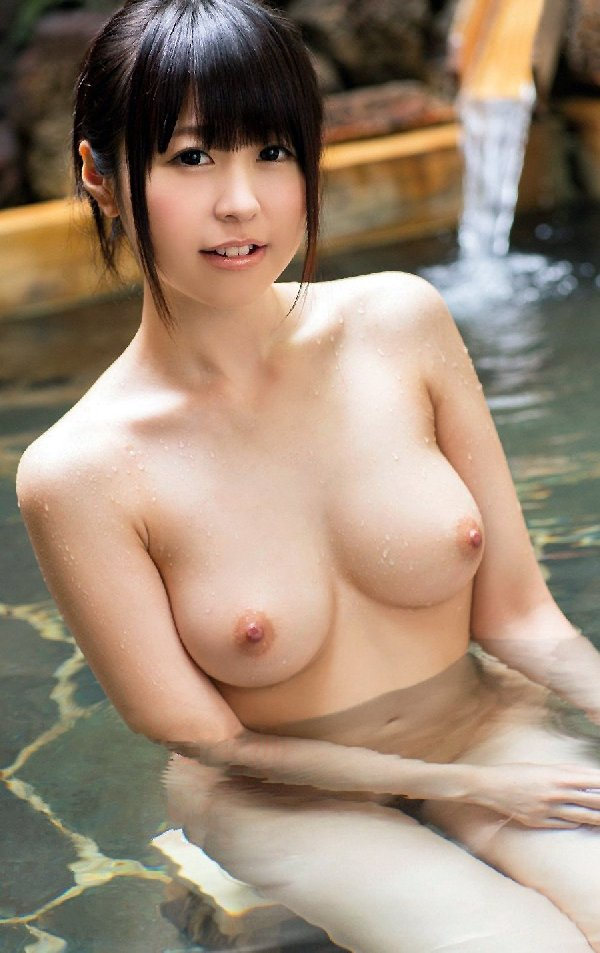 beautiful_breast81123002.jpg