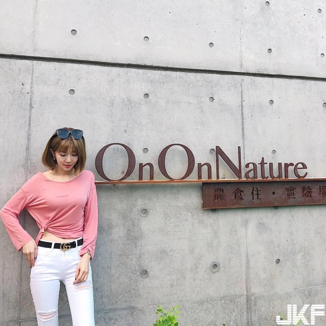 前華航空姐 Qbee 重開新IG好身材依舊瘦瘦的但前凸後翹 - 素人正妹 -