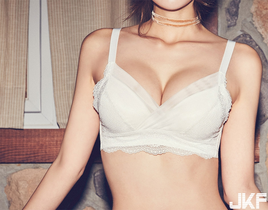 [CHUU] EVE PUSH UP CROCHET BRA + PANTIE SET [WHITE] 003.jpg
