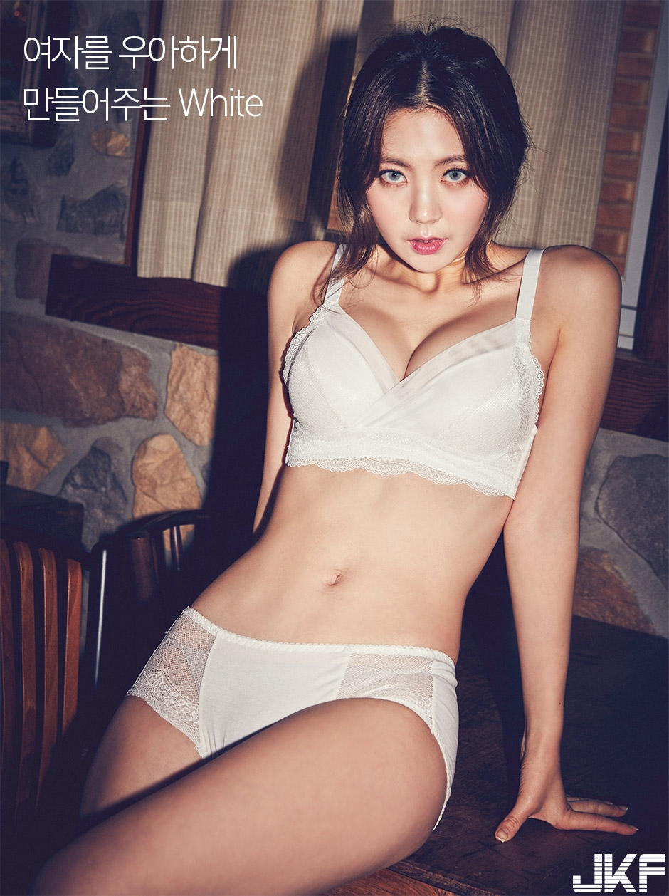 [CHUU] EVE PUSH UP CROCHET BRA + PANTIE SET [WHITE] 009.jpg