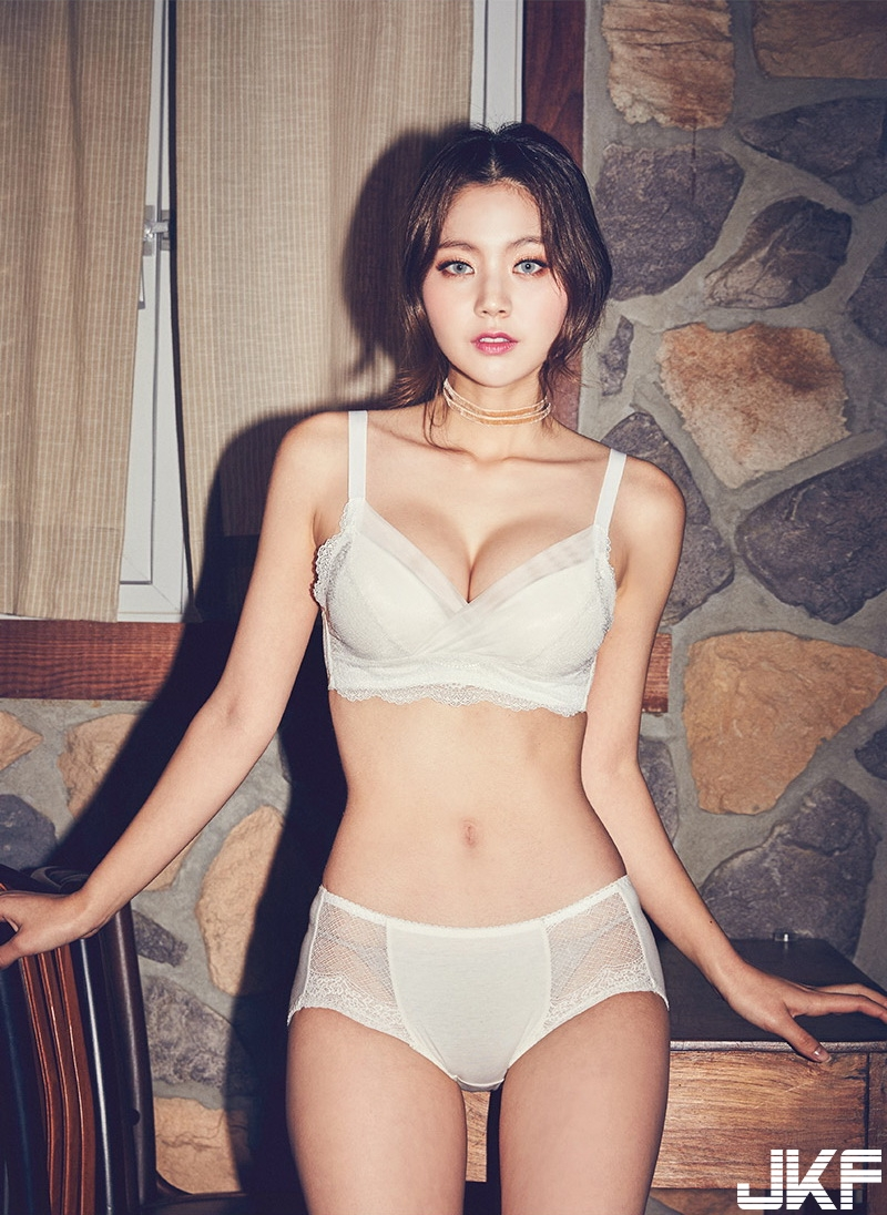 [CHUU] EVE PUSH UP CROCHET BRA + PANTIE SET [WHITE] 024.jpg