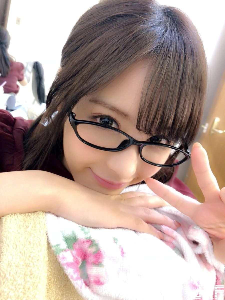 momonogi_kana_8011-068.jpg