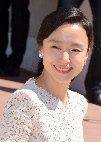 Jeon_Do-yeon_Cannes_2014.jpg