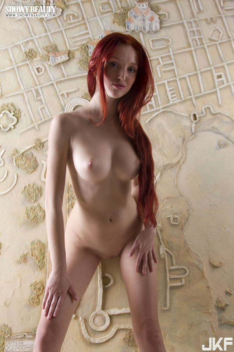 Redhead-Michelle-Starr-from-ShowyBeauty-10.jpg