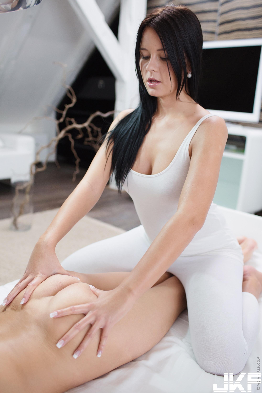 Teen-Shaved-Raven-Haired-Brunette-Silvie-Deluxe-with-Clit-Enjoying-Massage-b1 (3).jpg