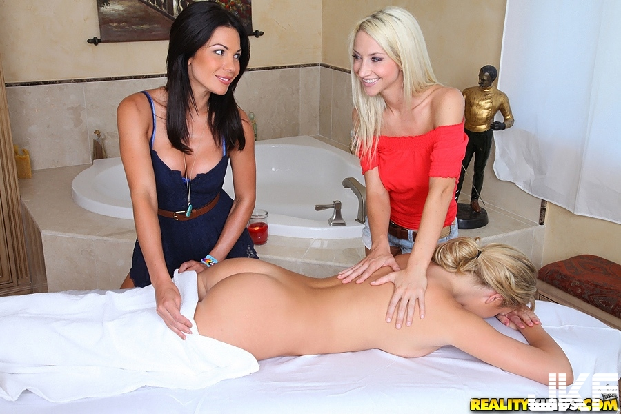 Kirsten-Price-from-RealityKings-Playing-With-Strapon-3.jpg