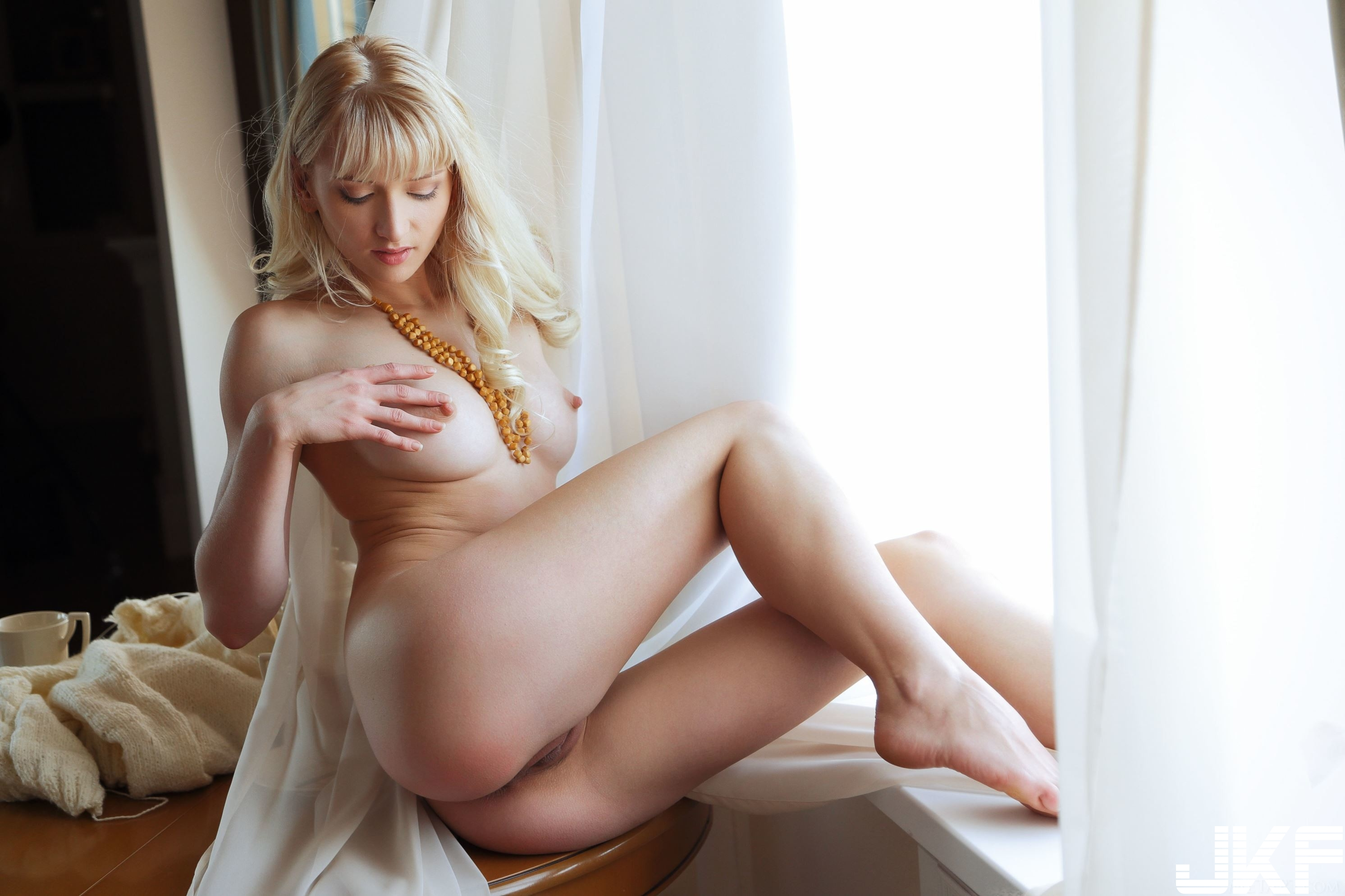 Shaved-Blonde-Adelia-B-with-Open-Pussy-b1 (19).jpg