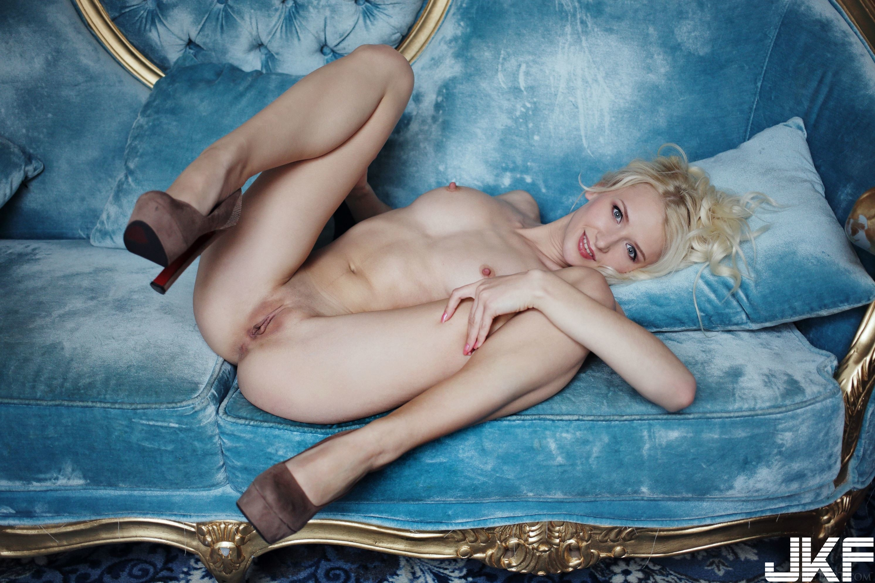 Shaved-Blonde-Adelia-B-with-Thick-Nipples-8.jpg